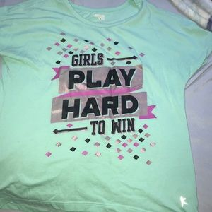 Danskin L\G (10-12) GIRLS PLAY HARD TO WIN t shirt